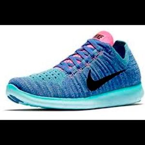 Nike Free RN Flyknit Women's Size 7.5